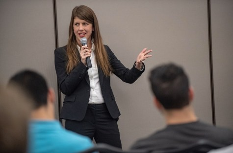 Wall Street Journal reporter visits USI, inspires students