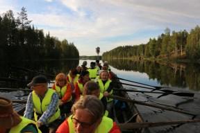 Veneristisaatto Hoilolasta Öllölän Pörtsämöön. Kuva: Teemu T. Mantsinen