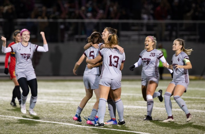 Quarterfinal 4: Host Gee-Gees gallop to semis with win over Dinos — Women's  Soccer — U SPORTS