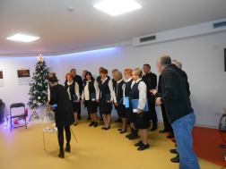 proslava božića zbor i oš kamen 54
