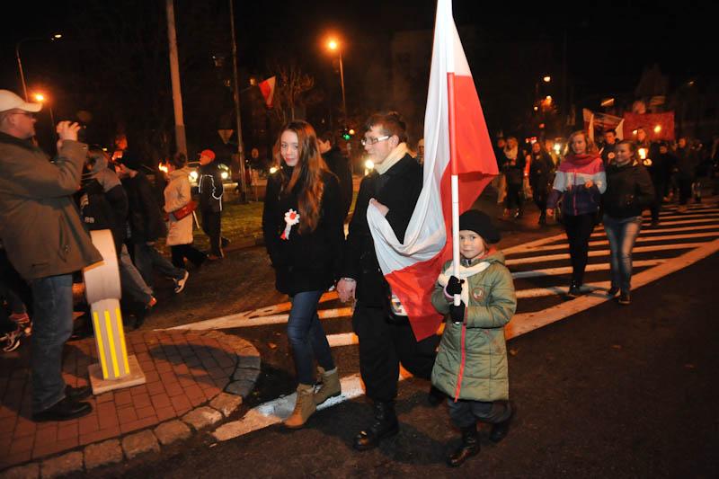 Marsz Niepodległości w Ustce [ZDJĘCIA, WIDEO]