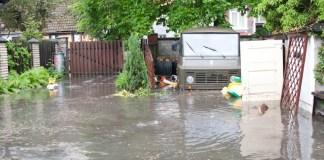 Zalane ulice w centrum Ustki - ustka24.info