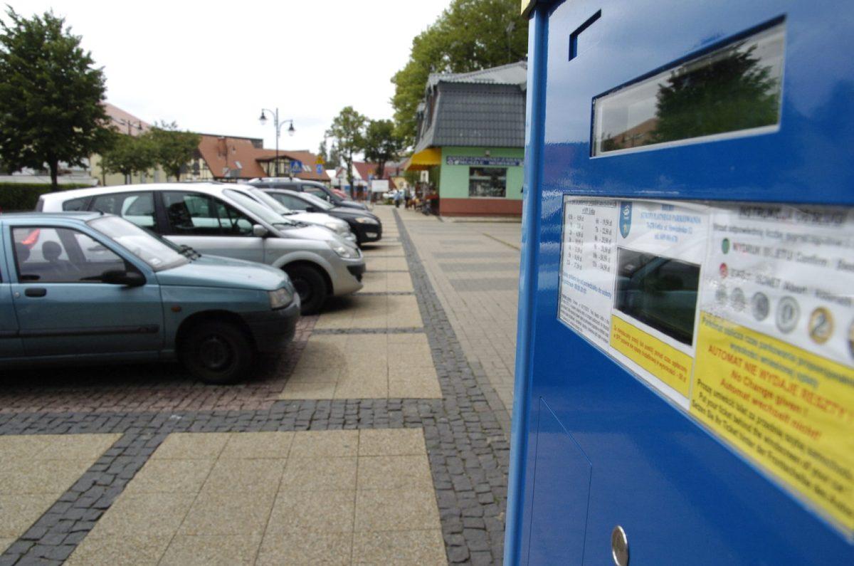 Parkowanie w Ustce będzie w soboty bezpłatne. To decyzja sądu administracyjnego