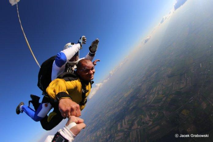 Skoki spadochronowe – teraz możesz skoczyć bez szkolenia! - ustka24.info