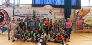 Zawodniczki Szczypiorniak Ustka wicemistrzyniami turnieju piłki ręcznej - ustka24.info
