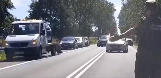 Kolizja trzech samochodów w Bydlinie, na trasie do Ustki. Korki na DK-21 - ustka24.info