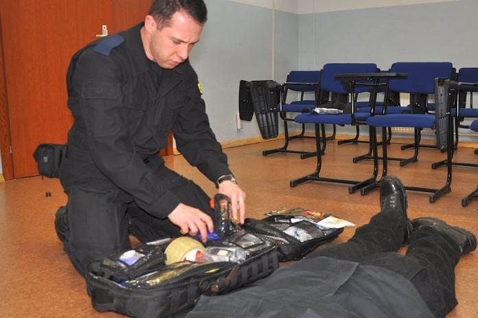 Policjant ze Szkoły Policji w Słupsku uratował życie ustczance - ustka24.info