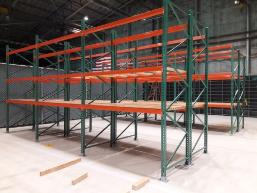 Pallet Rack in Warehouse