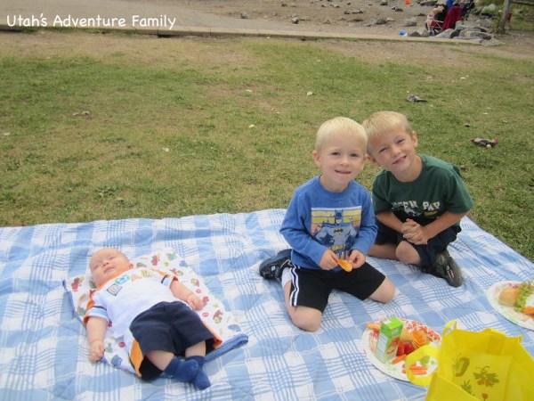 The boys enjoying their lunch!