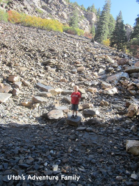 If you come to this huge shale slide shortly after you start your hike. you are in the right spot!