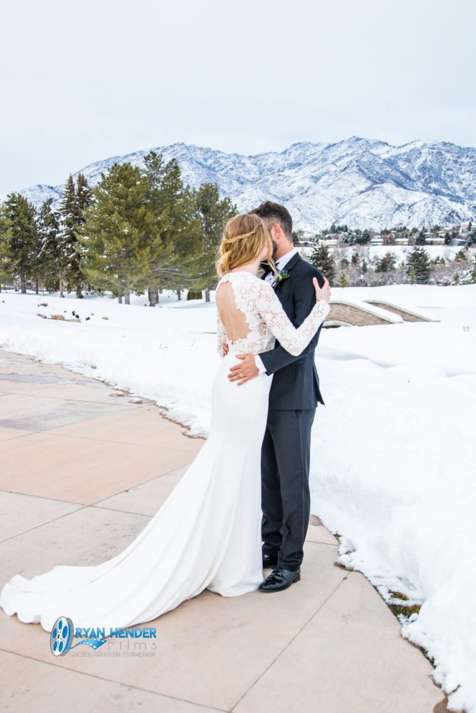 willow creek country club bride and groom after wedding