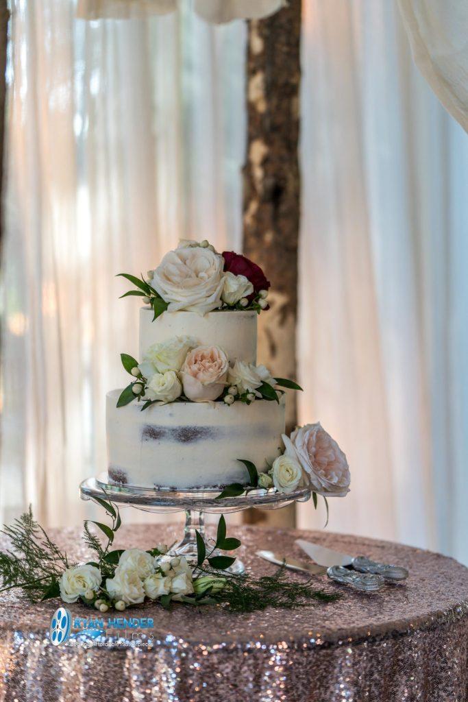 vintage wedding cake wedding photography