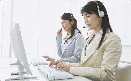 日本語対応、24時間サポートがある