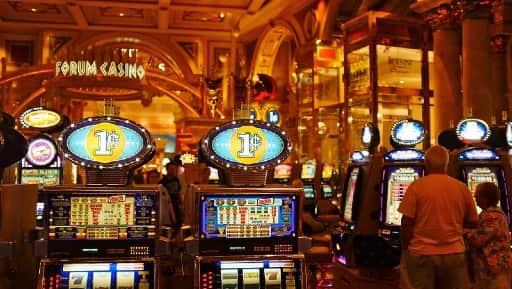 無料で遊ぶ選択肢があるのがオンラインカジノの魅力