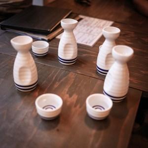 szaké és tálalása
