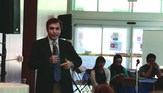 Candidate outlines platform on campus