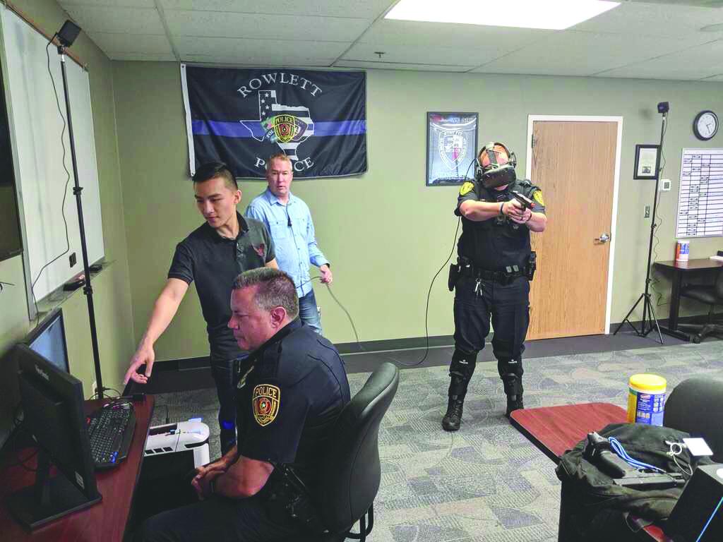 Graduate Helps Police Train with Virtual Reality