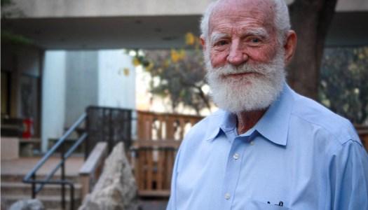 Professor, Creator of Moon Dirt Dies at 82