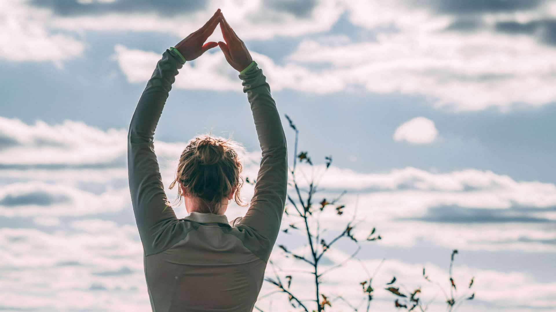 Yoga utomhus. Bild: Jacob Postuma/Unsplash