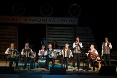 armonika18