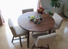 無垢 丸テーブル 4本脚