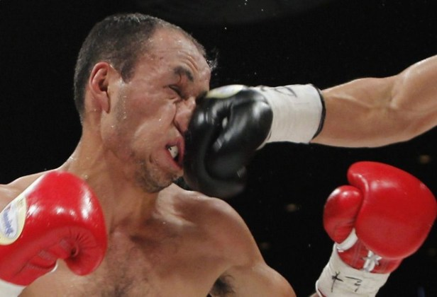 punch-to-nose.jpg