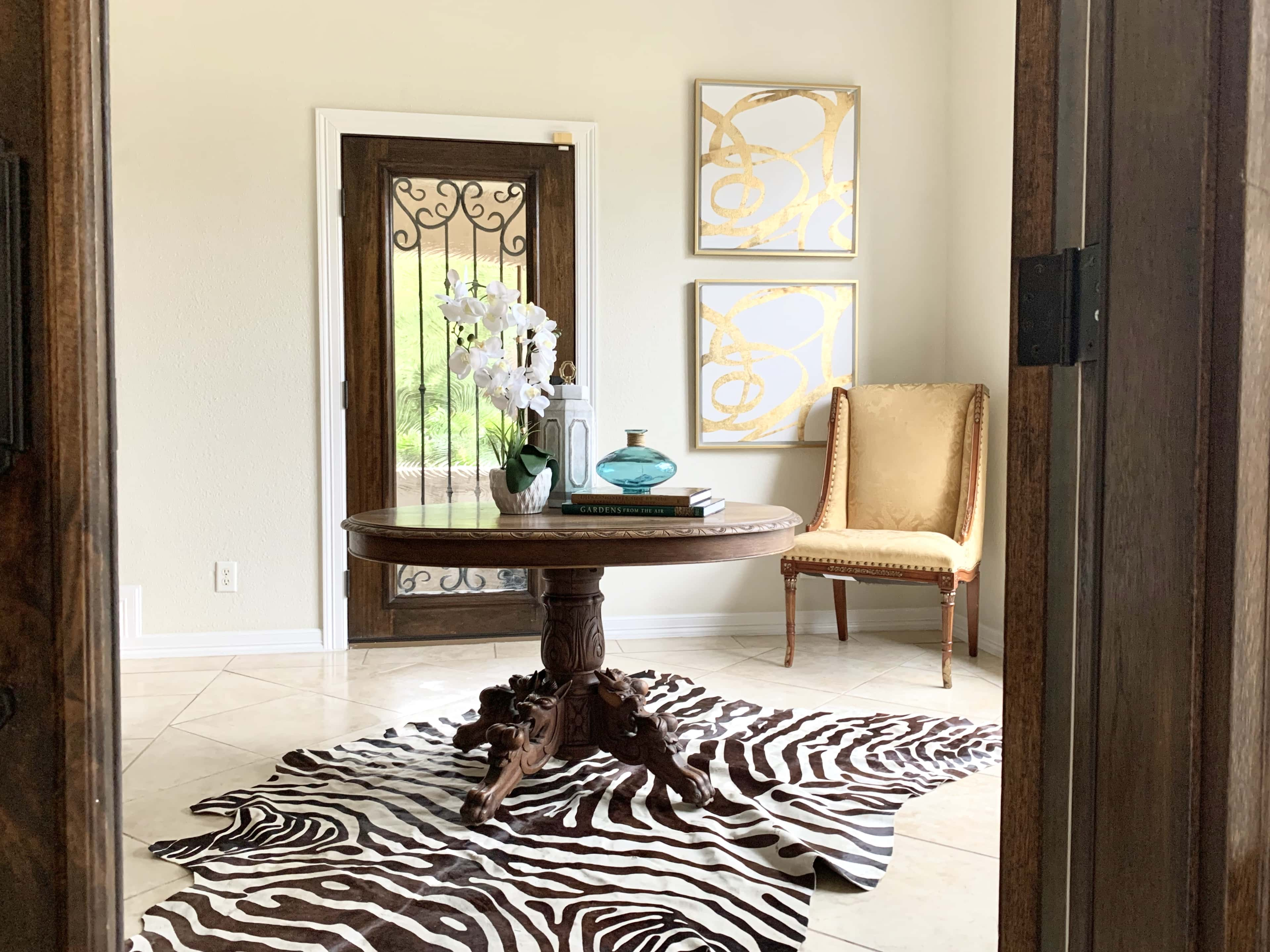 Full home staging in Las Vegas, Nevada, featuring an entryway