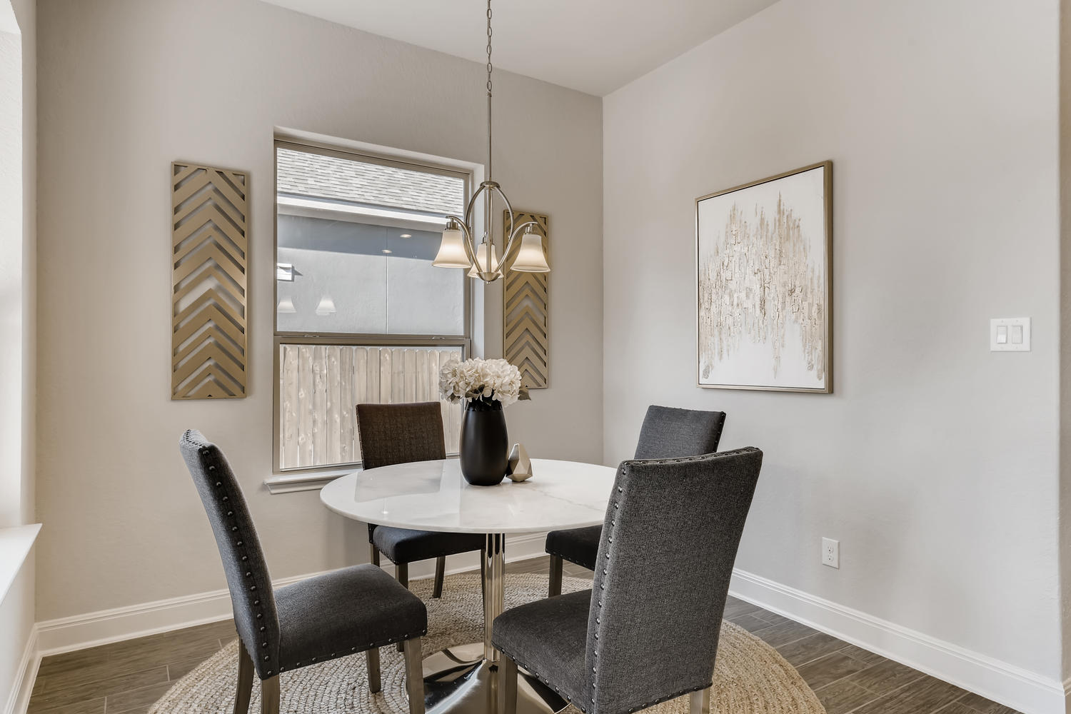 Full home staging in Las Vegas, Nevada, featuring a staged dining room