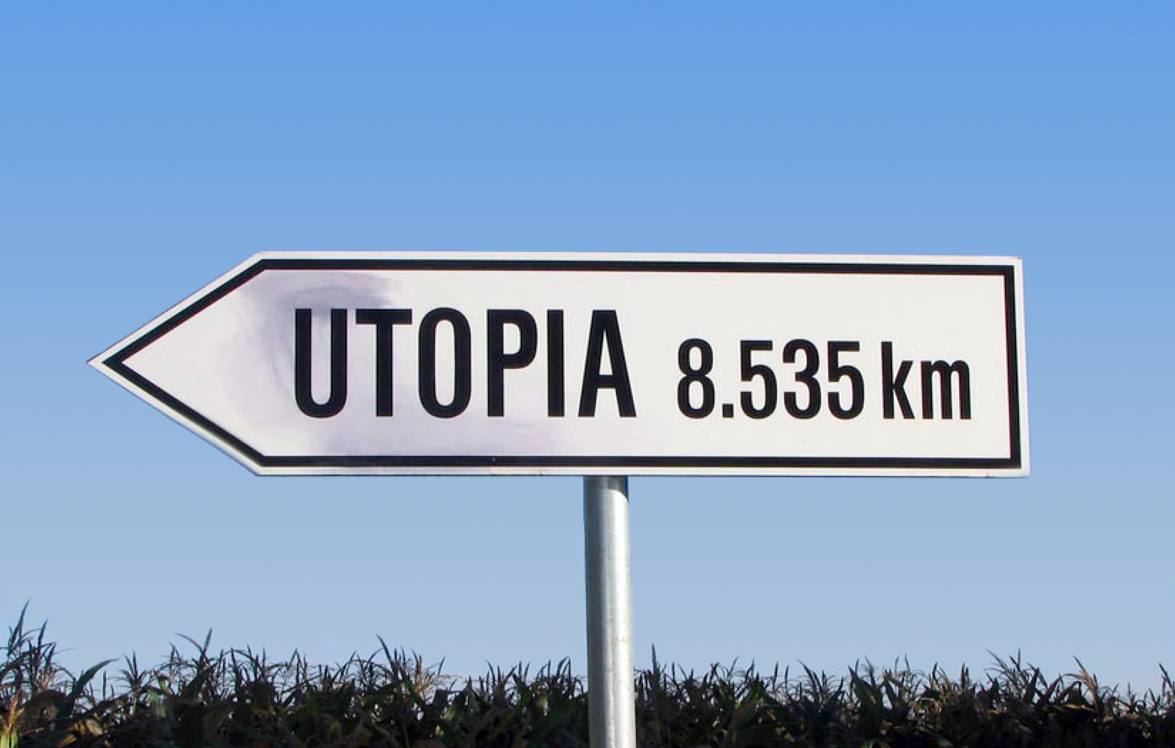 utopia_in_four_movements_filmstill5_utopiasign.jpg (1650×1050)