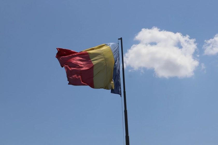 1 decembrie ziua nationala steag romania