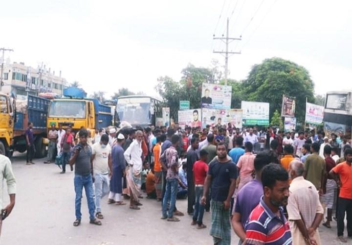 পাবনায় ইউপি চেয়ারম্যানের বাড়িতে গুলি: মহাসড়ক অবরোধ