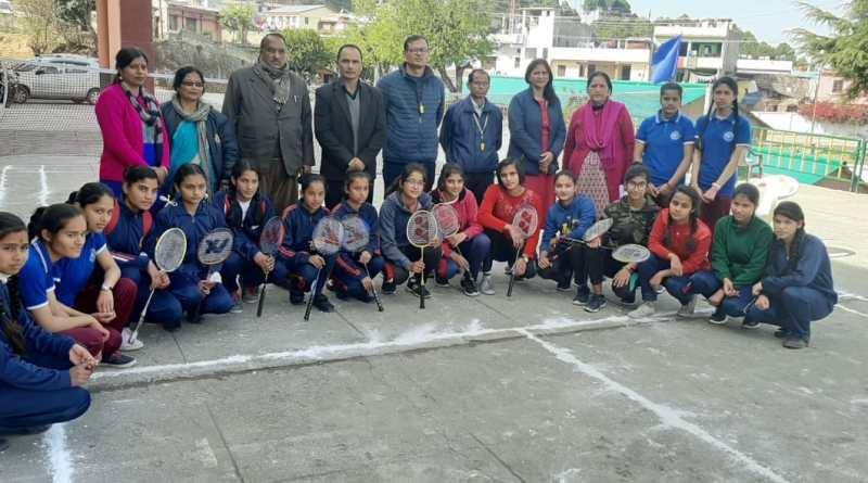 ताडीखेत में पॉच दिवसीय खेंल महाकुम्भ का हुआ  समापन, किया गया पुरस्कार वितरण 2