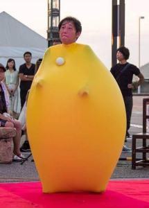 大道芸人GEN(ジェン) ジャイアントバルーン ハッピーメリーサーカス