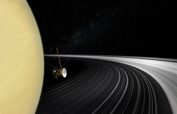 土星と探査機カッシーニ