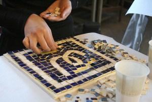 laying-mosaic