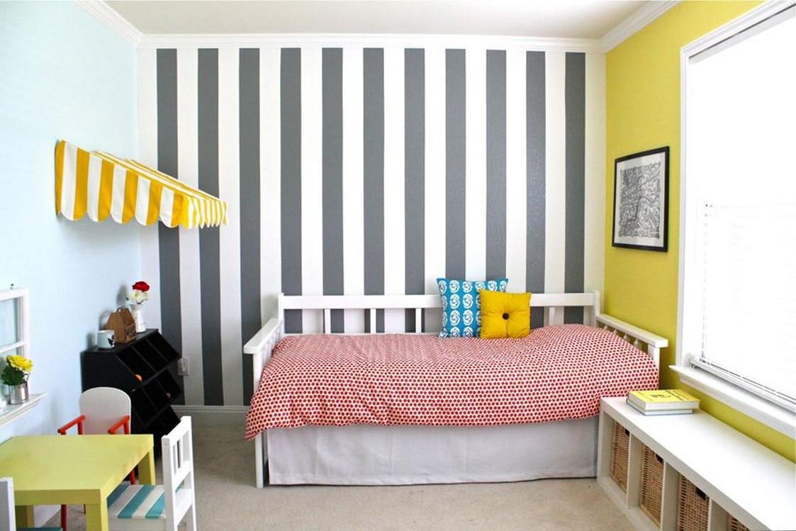 Покраска стен в полоску фото