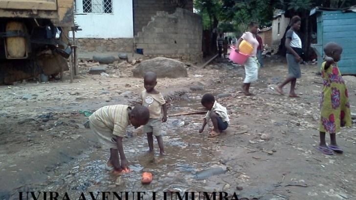 Ruisseau causé par les tuyauterie de la REGIDESO Mulongwe