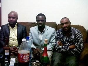 Malingo Mukuku à droite de la photo