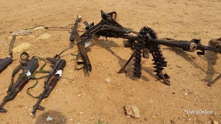 Sange-RDC: La FARDC découvre une arme à feu de marque Fall, des chargeurs et plusieurs minutions de différentes marques de fusil.