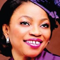 La femme la plus riche d'Afrique « cuisine » toujours pour son mari