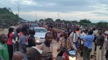 """Uvira – RDC : Inauguration provisoire du Pont de """"déviation"""" de Kavimvira"""