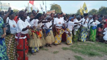 Fizi-rdc: entrée triophale de son excellence Néhémie Mwilanya à Baraka.