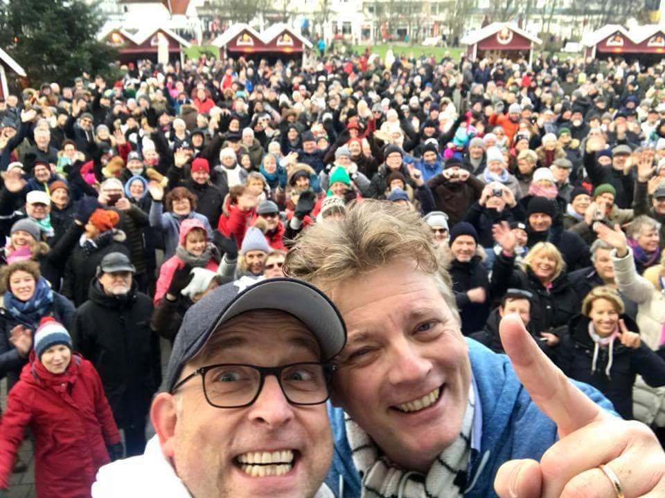 An Neujahr kamen Tausende auf den Kurplatz. Gemeinsam feierten wir bei Wind und Wetter das neue Jahr. Unvergessen!