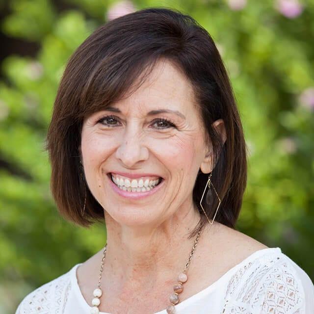 Gina Coates
