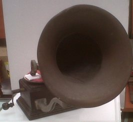 Gramaphone circa 1920