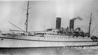 HMT_Empire_Windrush_FL9448