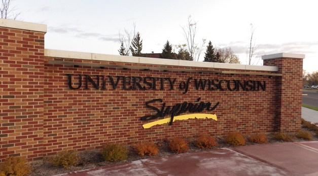Student employees struggle with contracts; campus reacts