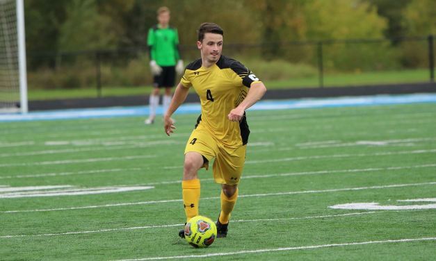 Men's soccer wins 3-0 at Bethel; Women lose 1-0 at Martin Luther
