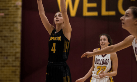 Kmecik's carrer night sends Yellowjackets to UMAC title
