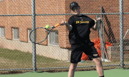 Men's and women's tennis swept by St. Mary's, St. Thomas